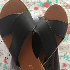 New Bamboo Slide Sandals Size 7